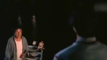 猎魔者:罗力回港,咖喱却走了!罗力送小敏去美国!小敏伤心!