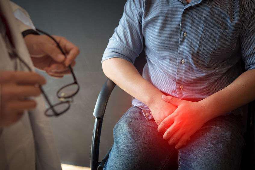 男性身体出现5个异常时,需警惕,或是前列腺癌变的信号!