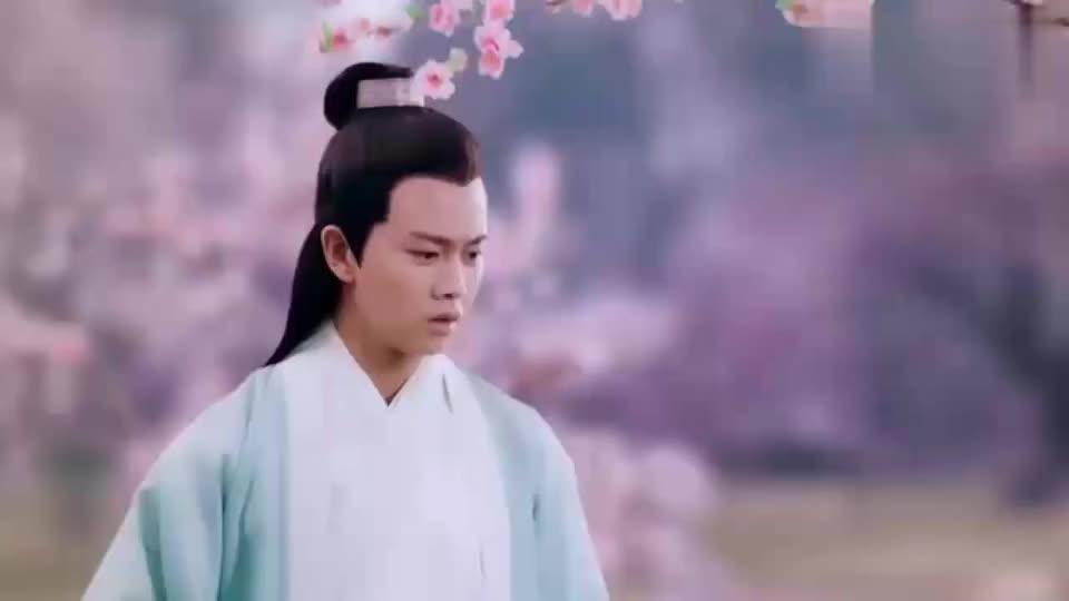 白蛇传说许宣跑到桃花林看到了白夭夭的陶偶想起了很多往事