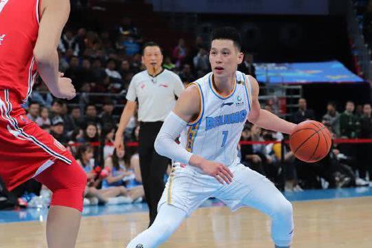 林书豪得分创新高,他是北京保持不败的关键