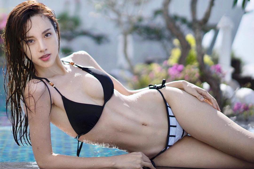 钢琴家李元玲是位健身达人 完美身材展现极致东方美!