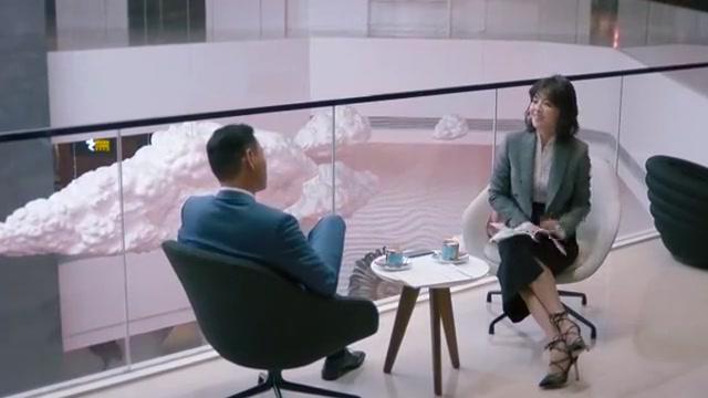 欢乐颂2:安迪在南通和刘总谈合同问题,包奕凡在楼下等着