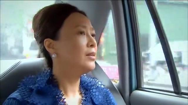 儿媳孕检不让家人陪,婆婆一路跟踪到医院,结果发现儿媳的秘密