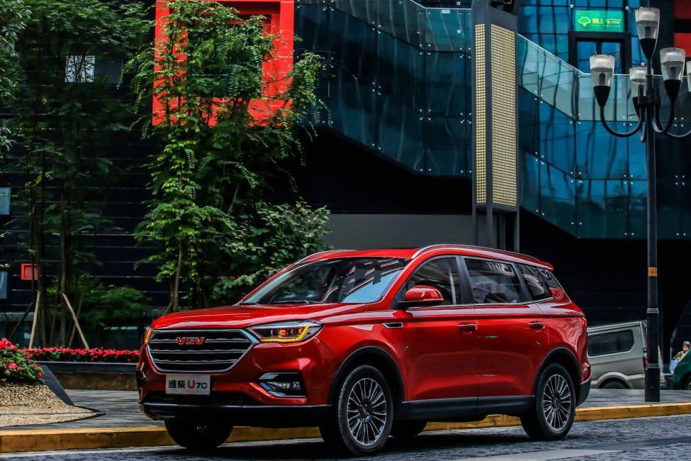 7座中大型SUV只要6.99万,这个自主品牌太性情了
