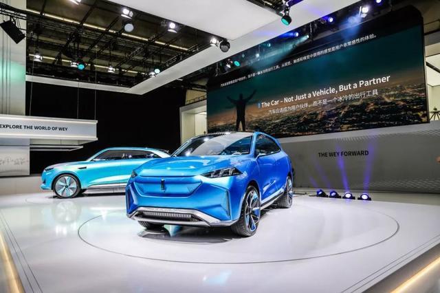 在法兰克福车展的舞台上,WEY正演绎着中国豪华品牌的明天