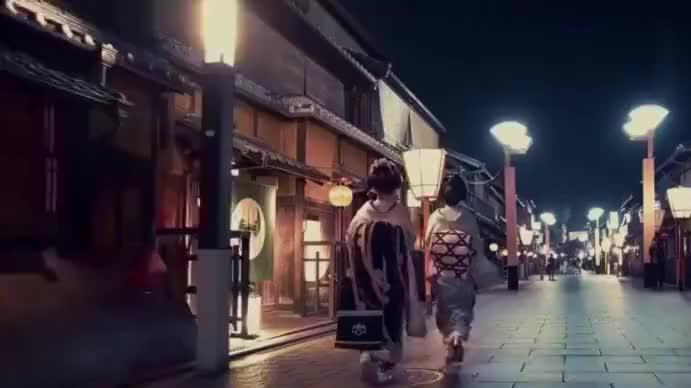 日本京都模仿中国隋唐建筑,东京仿照洛阳,西京模仿长安城