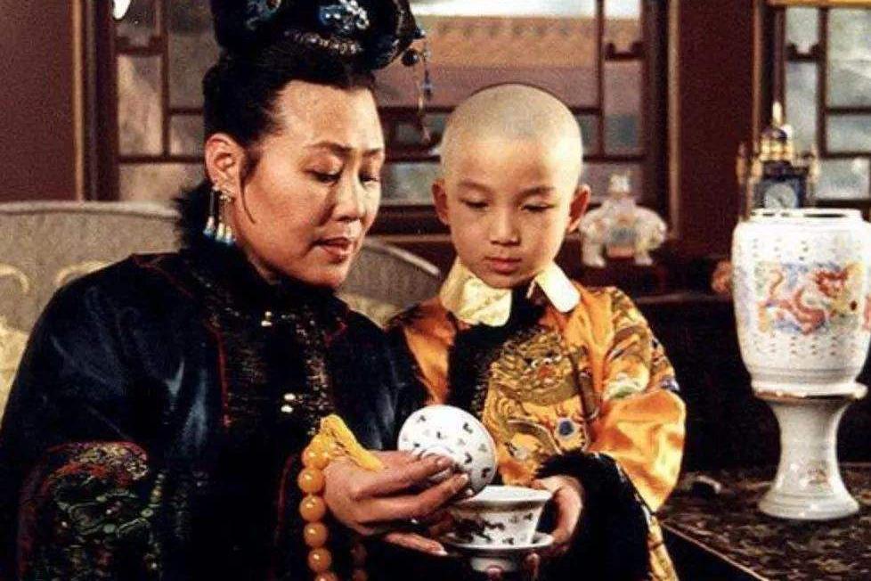孝庄究竟是个什么样的人?顺治:专制型母亲;康熙:最好的奶奶