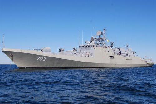 国产护卫舰首舰测试,可搭载高超音速导弹,美:麻烦大了
