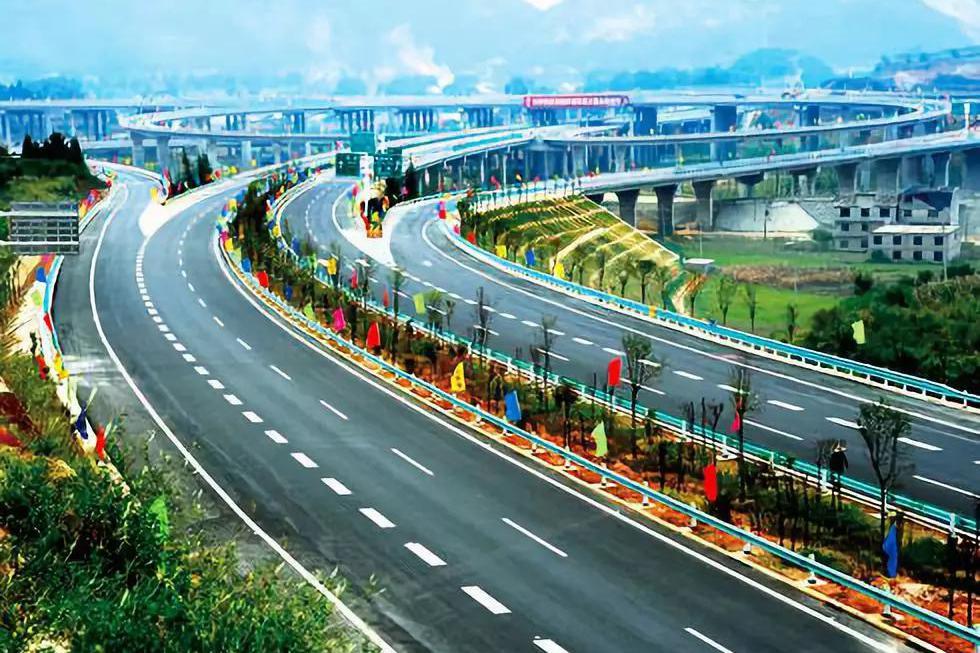 """小科普丨高速路上的""""区间测速"""",原来是这样测速的!"""