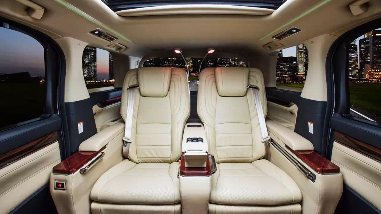 丰田又一MPV来了,匹配8AT提供四驱,起售价30万,比埃尔法还豪华