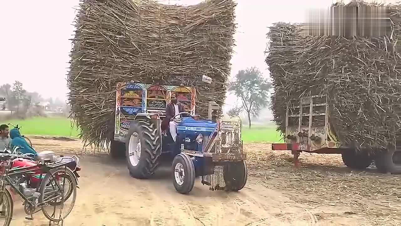 20多年驾龄拖拉机老司机,能干这活的不仅仅需要技术!