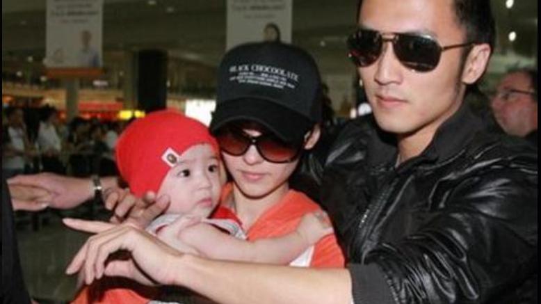 谢霆锋宣布谢家再添新成员,谢贤终于有孙女了,网友:速度真快呀