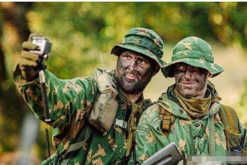 军人擅自用手机闯大祸,俄罗斯花费上百亿买教训,只因一张自拍