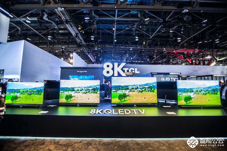 横竖都好看的TCL·XESS 旋转智屏Pro新品首次亮相CES展
