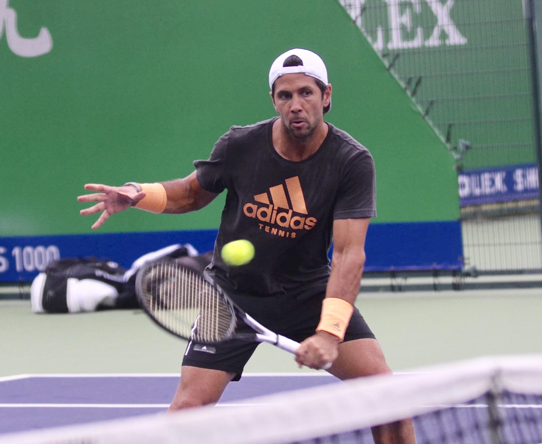 西班牙网球名将沃达斯科训练备战 妻儿低调现身夫唱妇随大秀恩爱