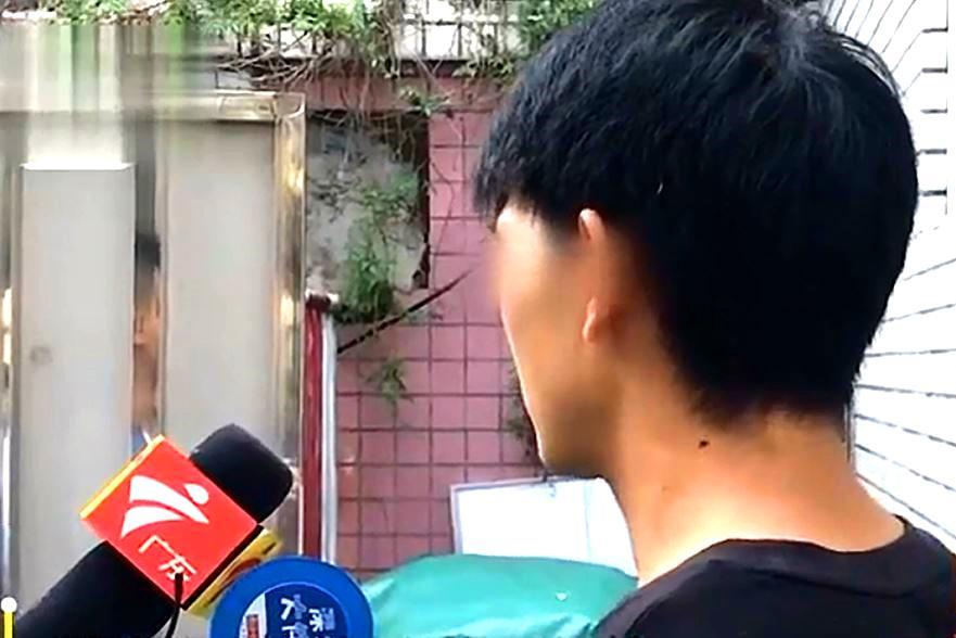 零首付学车却被扣3500元,学员叫来记者,驾校:真是无法无天