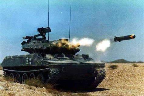 越南战争美军大杀器:炮弹散射1万钢针,越军万针穿身而死