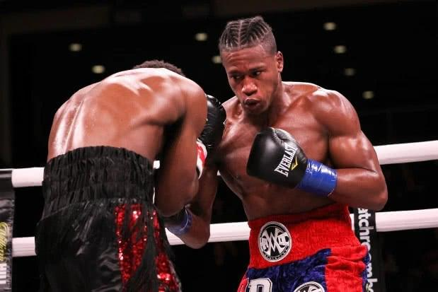 27岁美职业拳手被KO, 脑手术四天后死亡