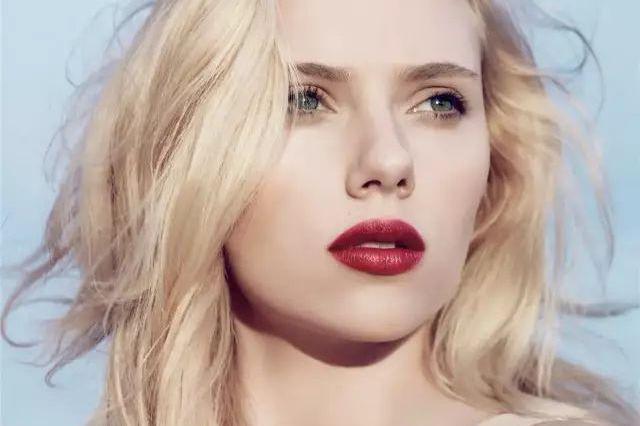 顶级性感美人,百亿票房女王,她是影史最具传奇的女演员之一