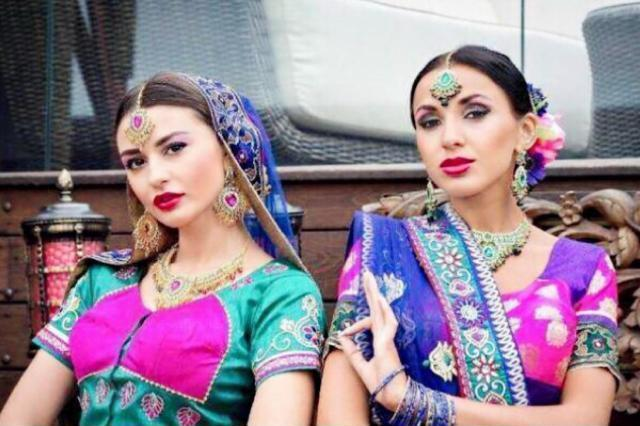 印度的富人区,最不缺的就是美女,与贫民窟形成鲜明的对比
