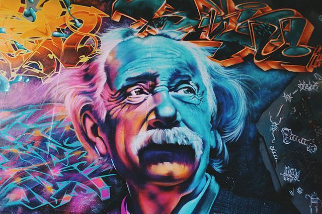 临终前的爱因斯坦,为什么要将手稿全部撕毁?不排除以下这些原因