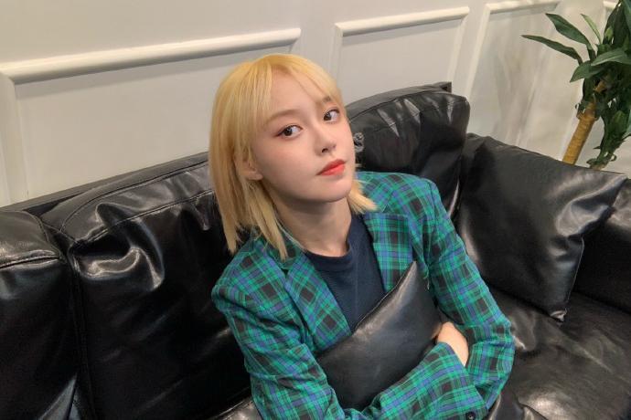 可爱美少女BEJ48-陈倩楠迷人写真美照欣赏
