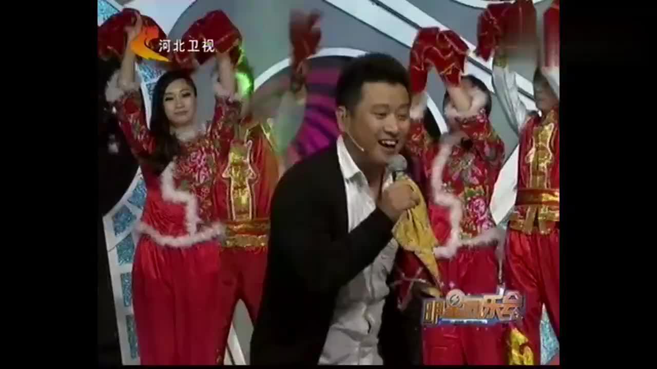明星同乐会:潘长江徒弟上演手绢绝活,不愧是专业二人转演员!