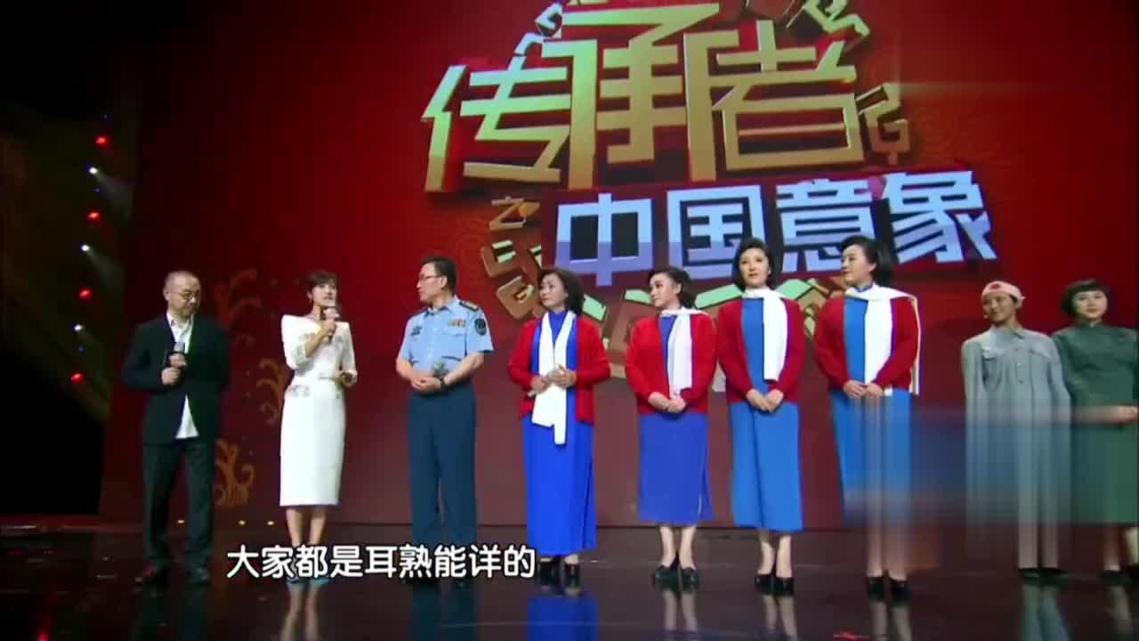 范明现场演唱《红梅赞》没想到居然还有这么嘹亮的嗓音好棒