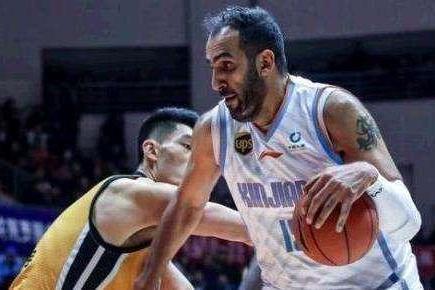 病急乱投医?本赛季新疆男篮历经波折,阿的江能否拯救新疆队?