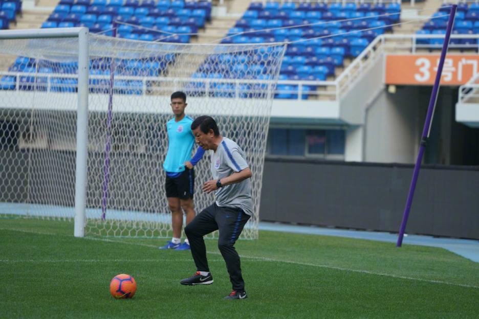 申花球员在天津奥体踩场,足协杯第6轮申花客场对阵天津泰达