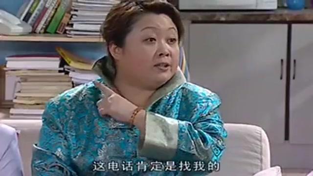 家有儿女:胖婶站起来就要走,刘梅随口一问,对方却说去洗手间