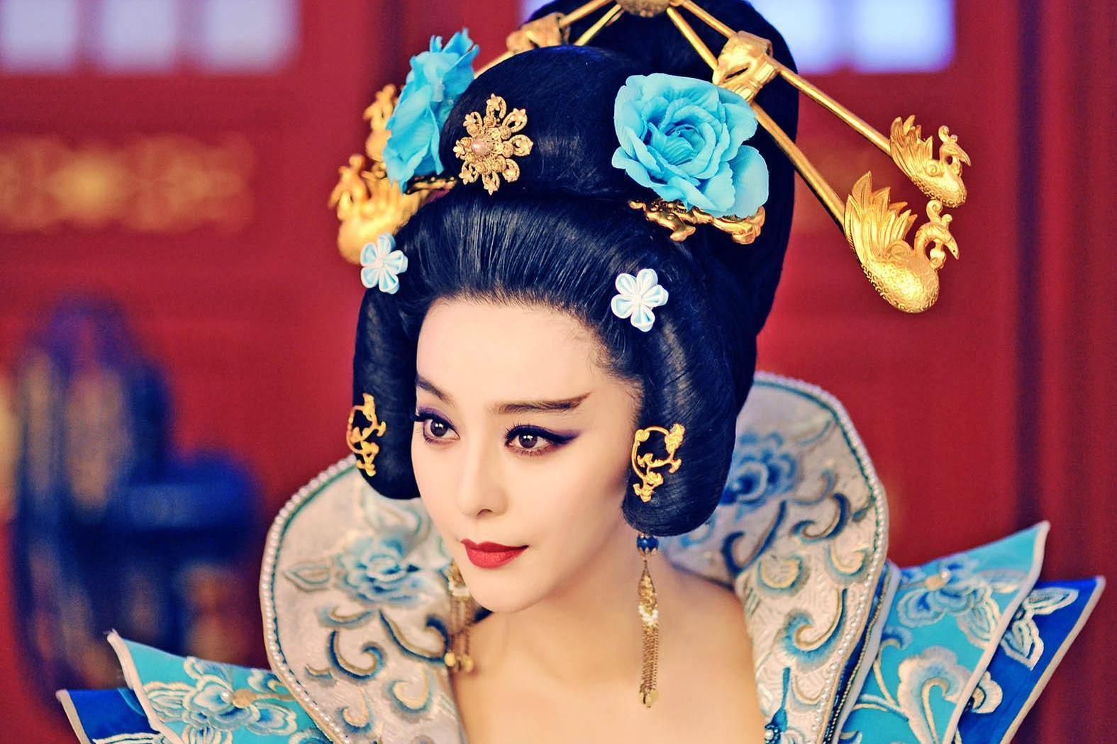 神龙政变李显复位后,一代女皇武则天是怎样度过人生最后一年的?