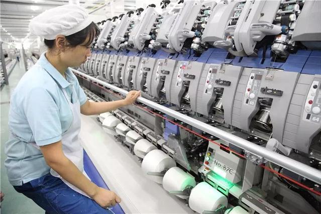 纺织工业为实现全民小康做出巨大贡献