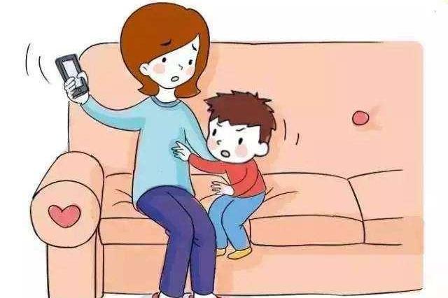 孩子玩手机上瘾?不打也不骂,只需这5招就能让孩子乖乖放下手机