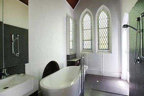 卫生间装修效果图,干湿分离卫生间装修摆脱平庸