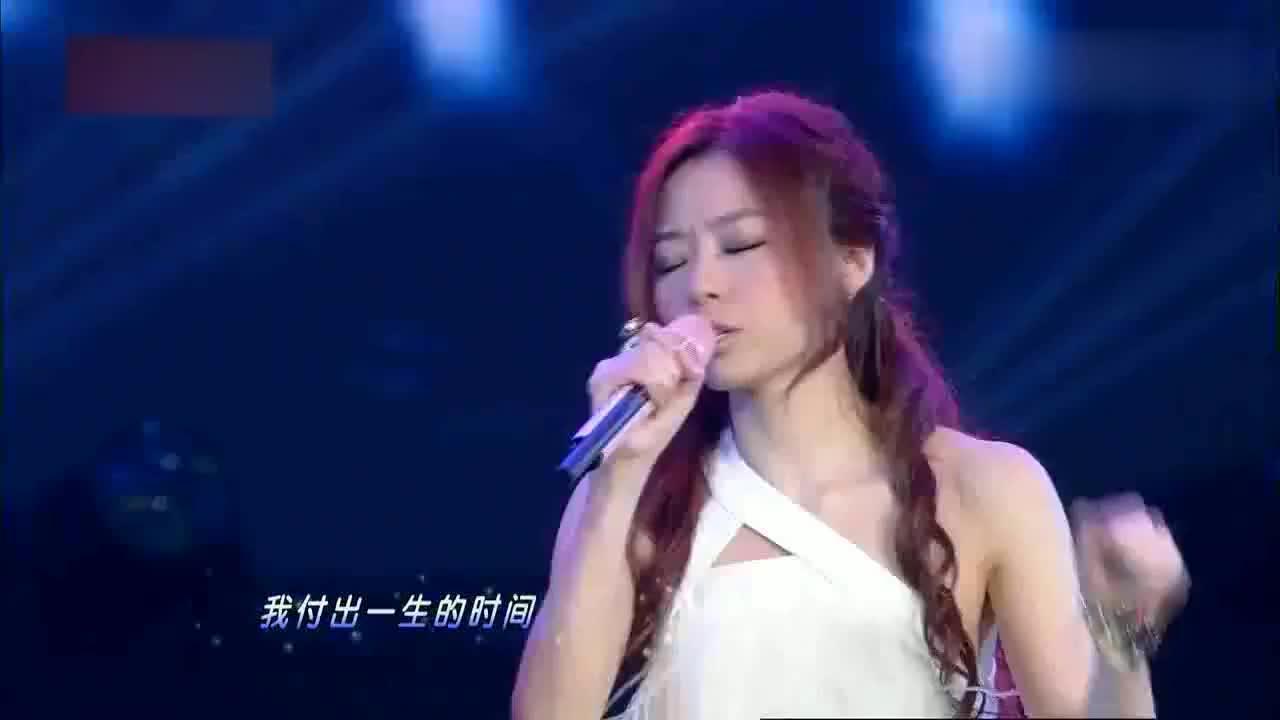 谭咏麟演绎青春,一曲《特别的爱给特别的你》承载太多,令人落泪