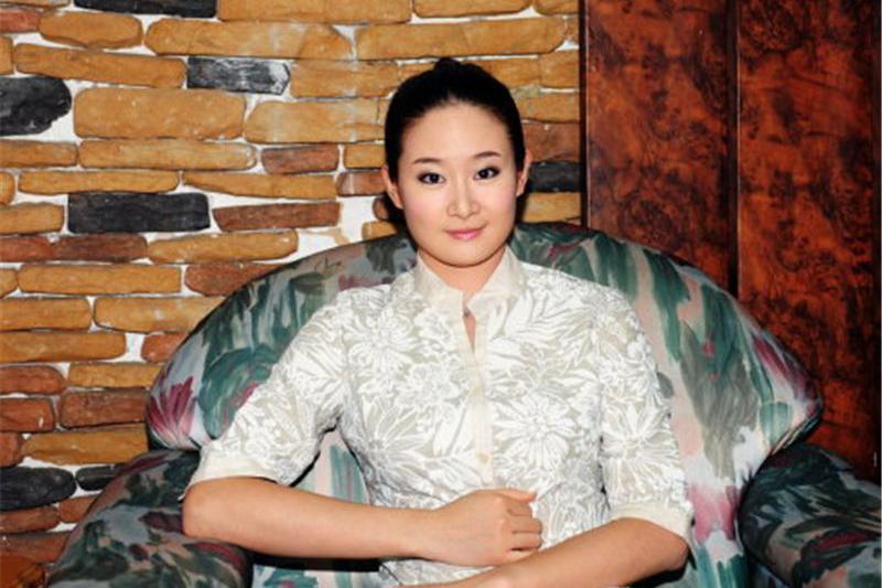 """除了是""""王小蒙"""",她还是舞蹈家,比起杨丽萍、金星一点儿不差!"""