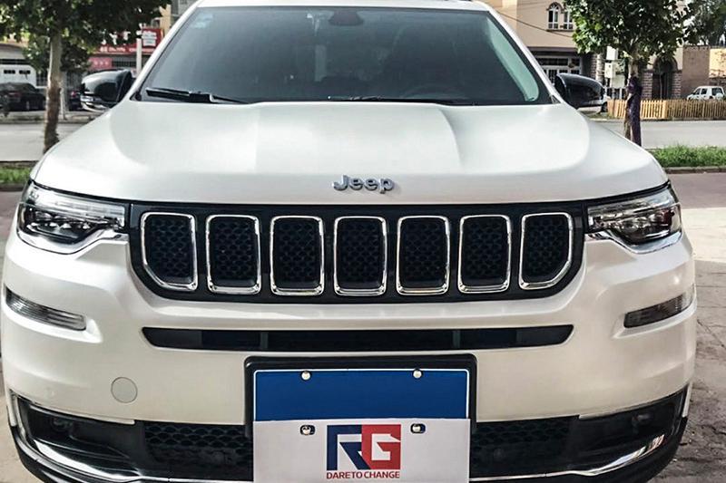 jeep车身改色电光白 RG瑞集改色膜新疆喀什加盟店出品