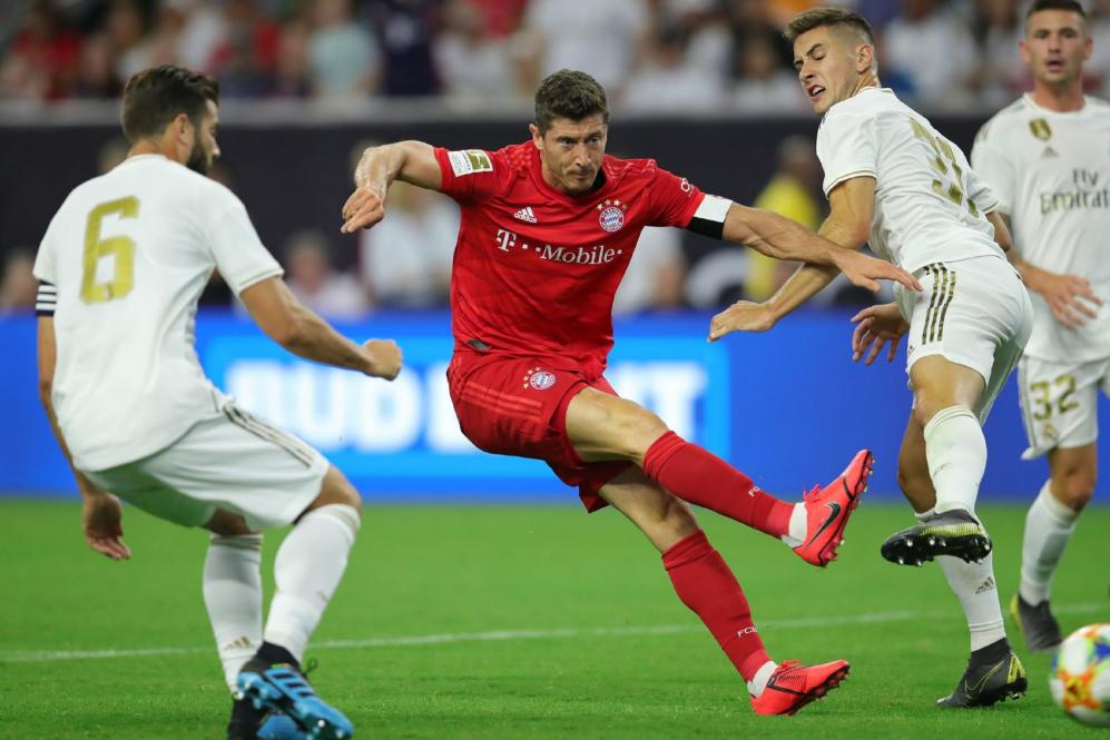 热身赛皇家马德里1:3输给拜仁,莱万多夫斯基攻入一球