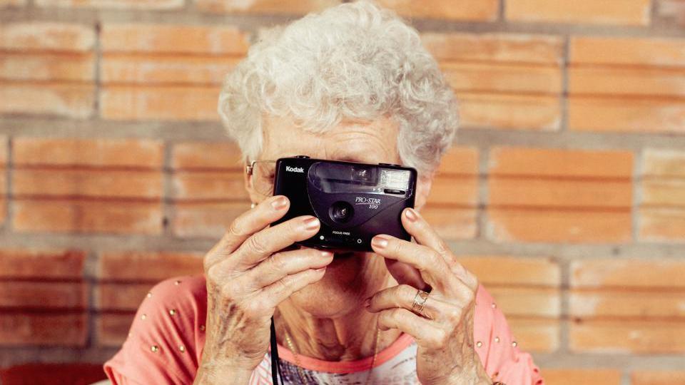 又一个省公布养老金上涨消息!比其他地区多了一步,具体涨多少?