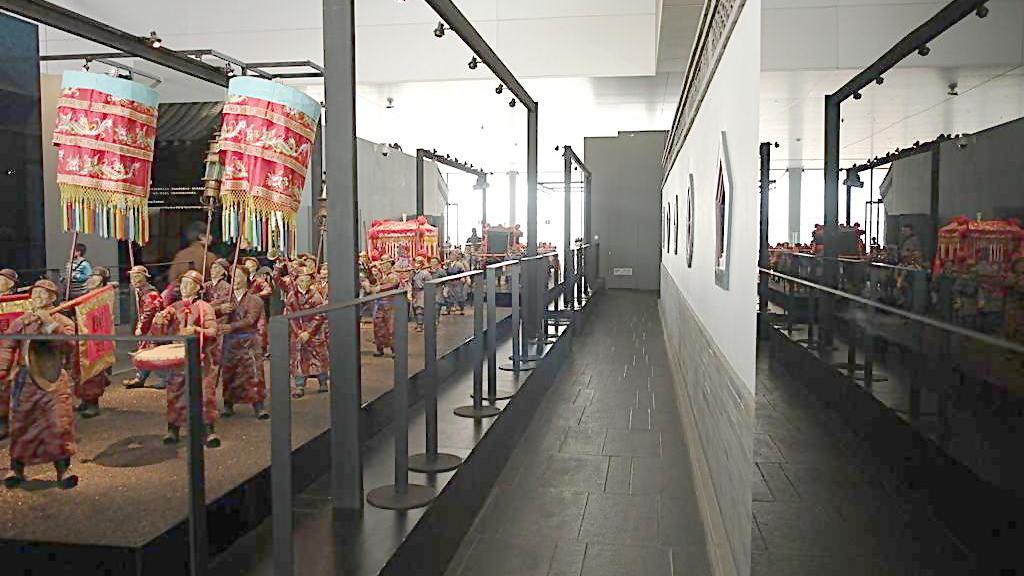 继续参观博物馆 了解北京的民俗文化和艺术 游览首博之下半部分