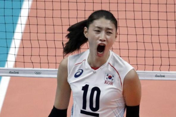 韩国女排完美的赢得了比赛,金软景的KO让中国年轻队员防不胜防