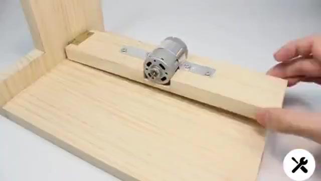 DIY手动切割器,这思路不错,按照这个再做个大的