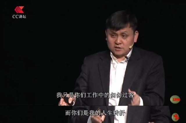 """难怪张文宏说""""不要把我神化"""",网友深扒后:平时的行为暴露了他"""