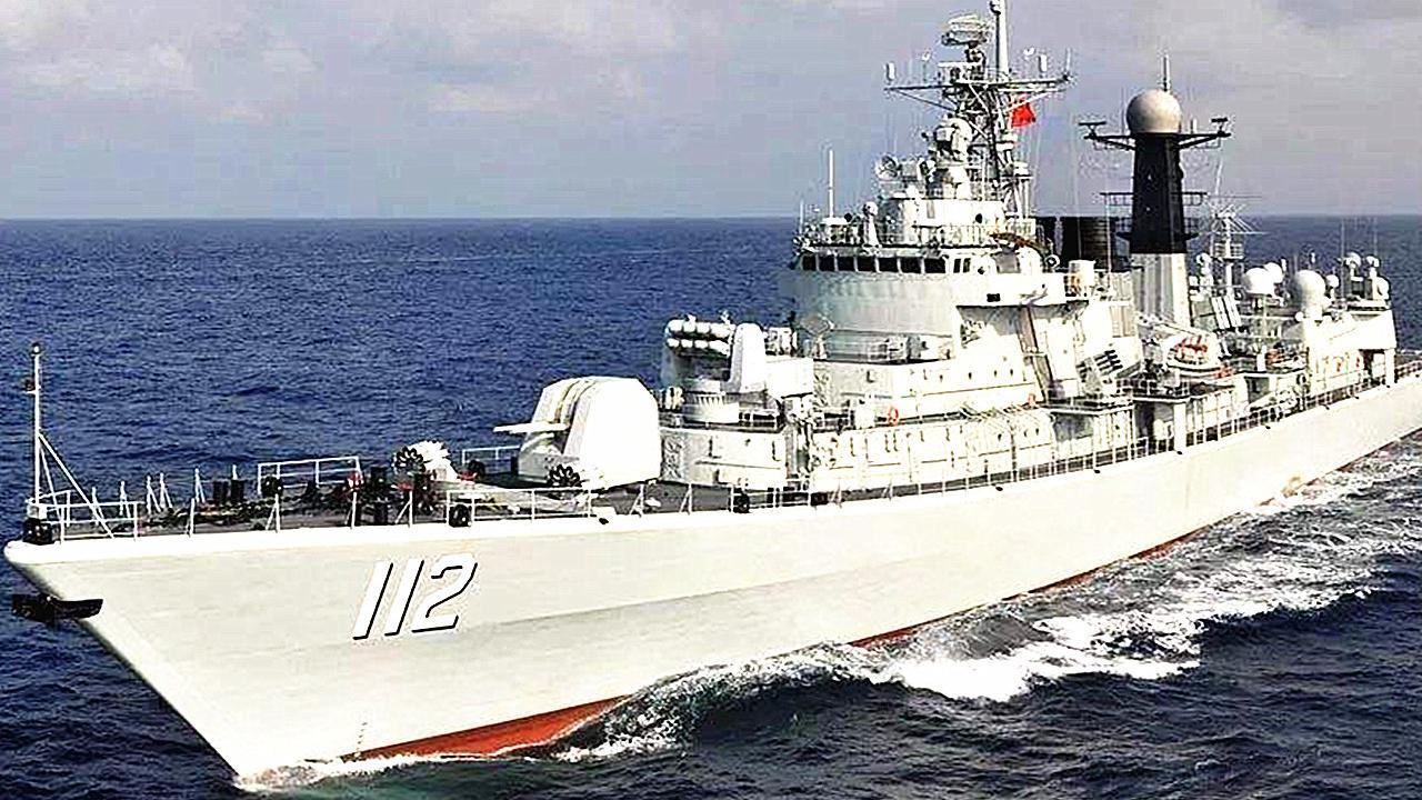中国研发出055型驱逐舰,并不意味052d将停产,未来还需服役24艘