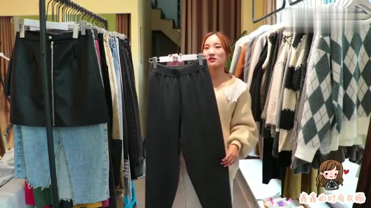 这款宽松的针织裤火了,宽松舒适显腿细,专治30岁以上女性大粗腿