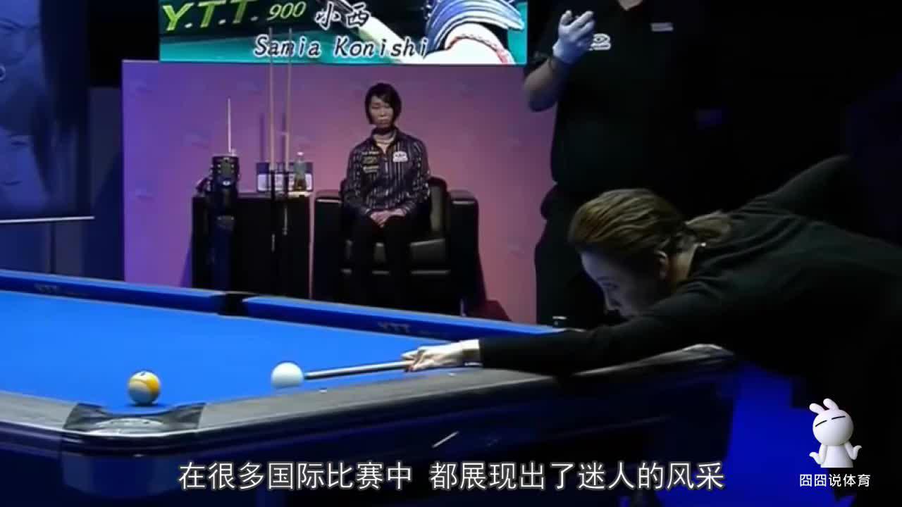 真是满屏尴尬,宅男女神潘晓婷打台球犯规,身材太好也烦恼