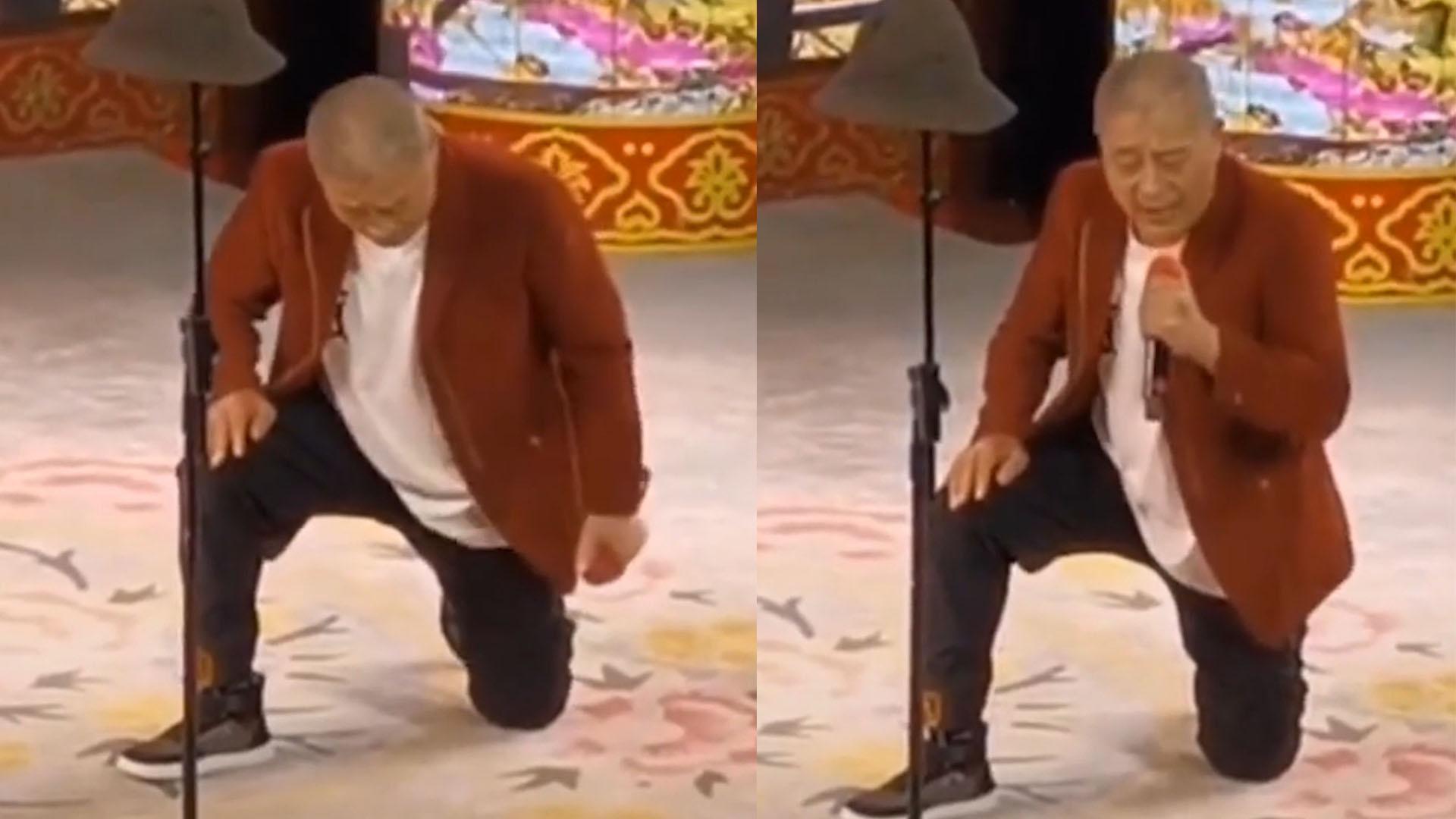 """46岁""""赵四""""单膝跪地卖力演唱,满脸带愁容尽显心酸"""