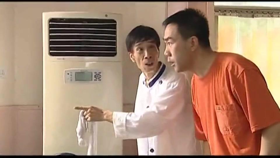 杨光的快乐生活:条子:你这饭馆啥都好,就是菜味道差点