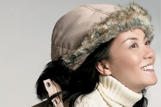 """""""脖套毛衣""""给你时髦一体的温暖,买围巾这个步骤可以省略了!"""